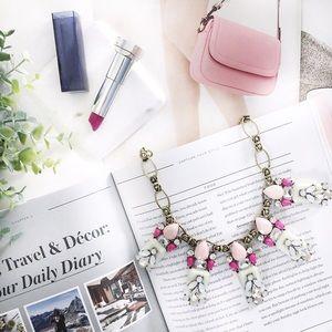 "🆑 ""Chelsea"" Necklace || Pink & Mint Jewel"